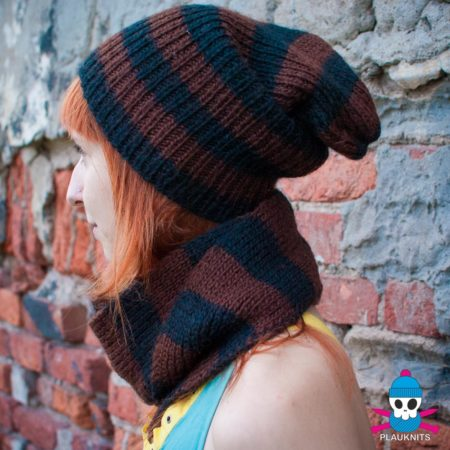 Коричнево-чёрный вязаный комплект шарф-снуд и шапка
