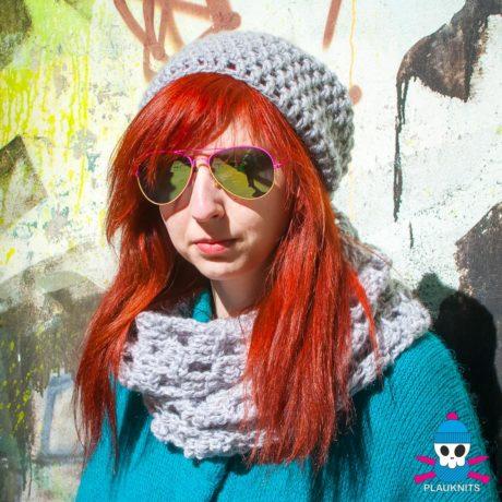 Серый вязаный комплект шарф-снуд и шапка Кристалл