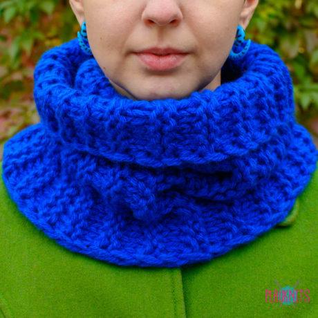 Синий вязаный шарф-снуд ручной работы Авогадро