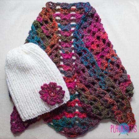 Вязаный треугольный шарф и шапка ручной работы