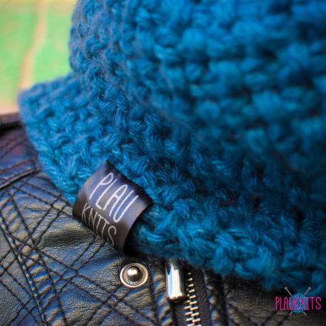 Пыльно-синий вязаный снуд ручной работы Моллекула
