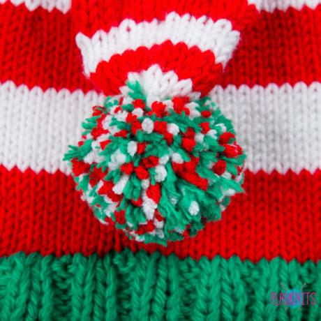 Рождественская вязаная шапка гномика