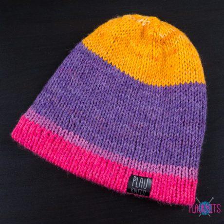 Разноцветная двусторонняя шапка ручной работы Радуга