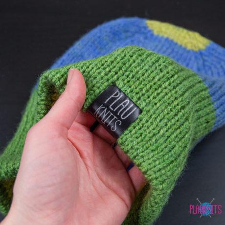 Разноцветная двусторонняя вязаная шапка ручной работы Радуга 2