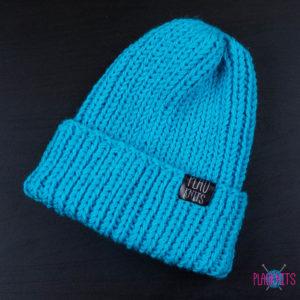 Голубая вязаная шапка с подворотом ручной работы Симпл