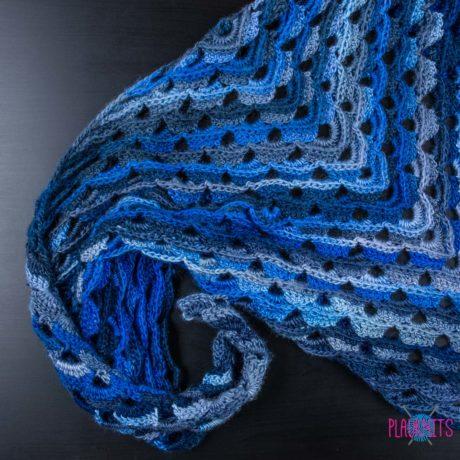 Сине-серая большая вязаная шаль ручной работы Морская глубина
